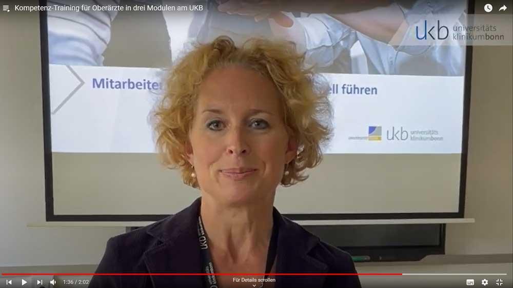 VideothumbnailDr. Julia Schäfer